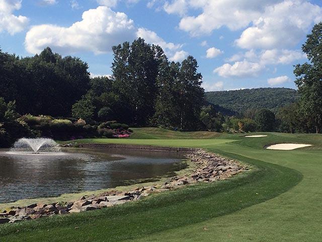Golf Courses - water hazard